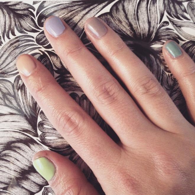 edgy pastels manicure