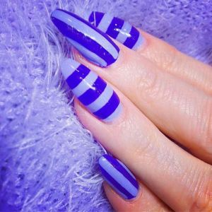 shades of blue strips nail art